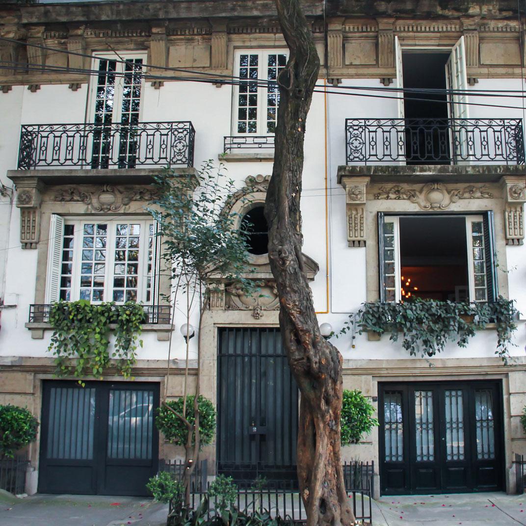 Nima Local House hotel